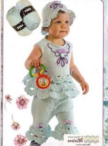 вязаный костюм для новорожденной