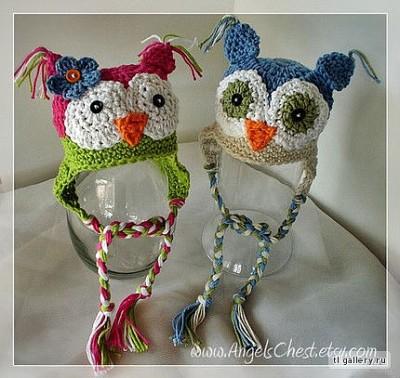 вязаные шапочки в виде птиц