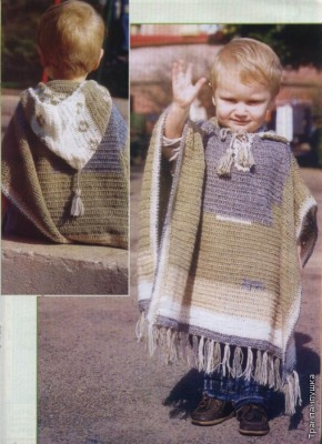 Вязаное крючком пончо для мальчика