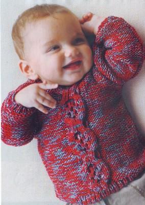 красивый пуловер для младенца