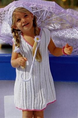 Белое платье спицами и косыночка