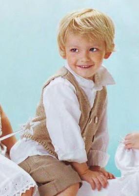 Оригинальный жилет для мальчика